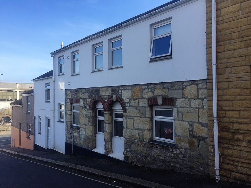 2 Bedrooms Property for sale in William Street, Truro