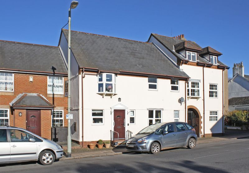 2 Bedrooms Property for sale in High Street, Honiton