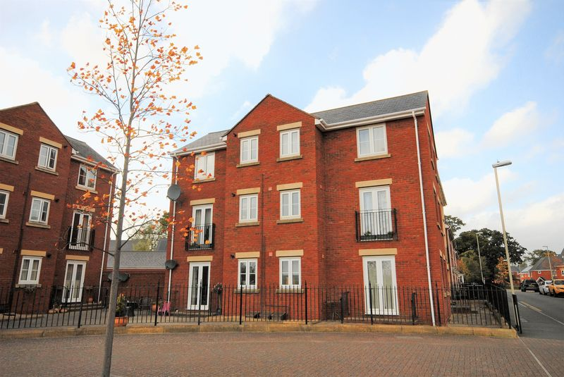 2 Bedrooms Property for sale in Unicorn Street, Exeter