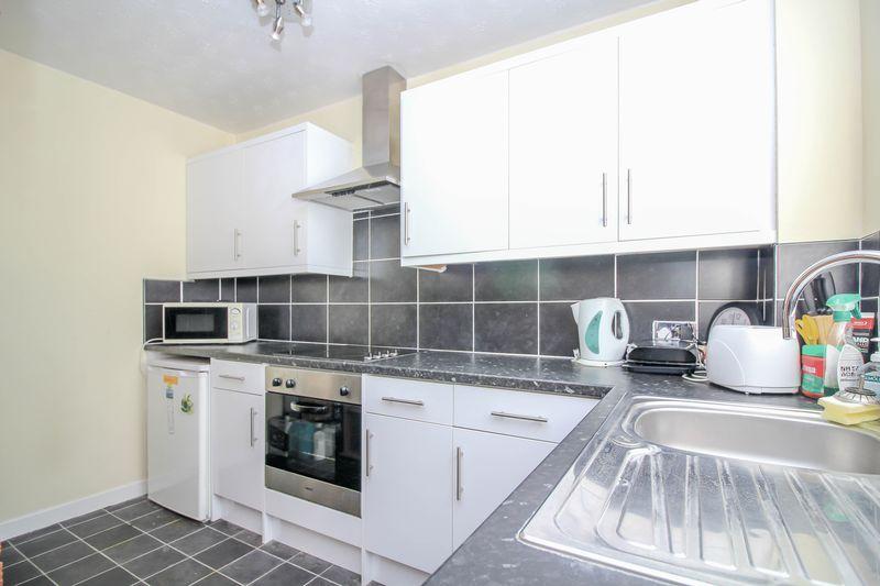 1 Bedroom Property for sale in Wiltshire Drive, Trowbridge