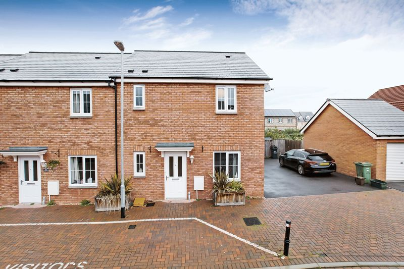 3 Bedrooms Property for sale in Quartly Drive Bishops Hull, Taunton