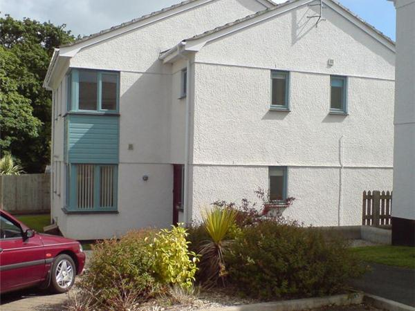 2 Bedrooms Property for sale in Tryhornek Carbis Bay, St. Ives