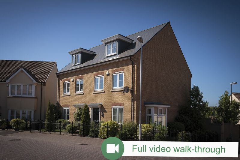 3 Bedrooms Property for sale in Collingwood Road, Yeovil