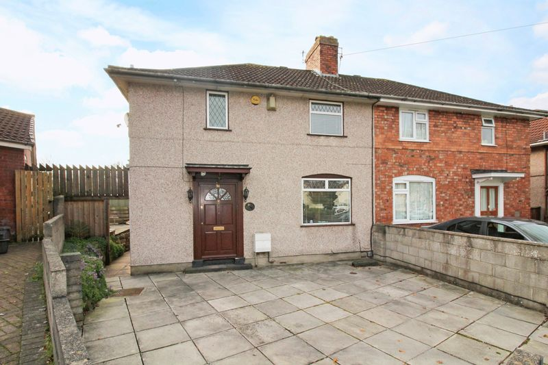 3 Bedrooms Property for sale in St Johns Crescent, Bedminster
