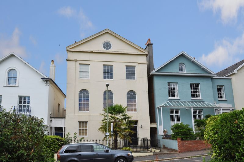 1 Bedroom Property for sale in 9 Clifton Hill Newtown, Exeter