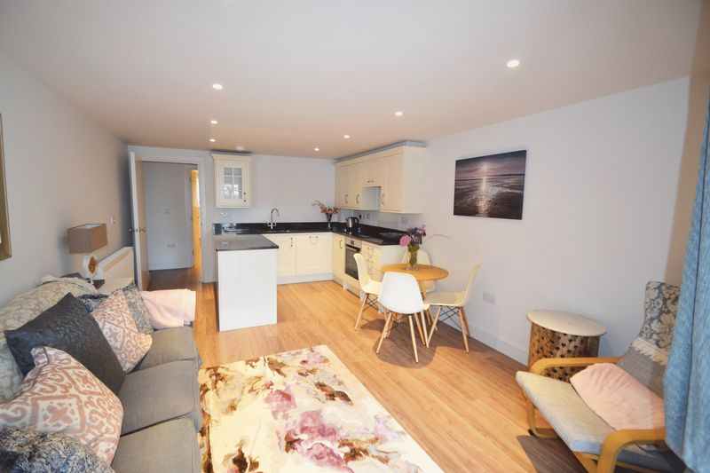 2 Bedrooms Property for sale in Bedford Road, St. Ives