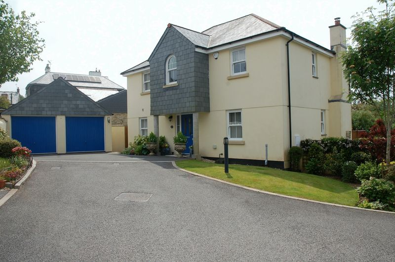 4 Bedrooms Property for sale in Tower Hill Gardens, Bodmin