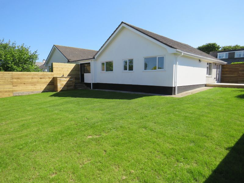 3 Bedrooms Property for sale in Lanyon Road Playing Place, Truro