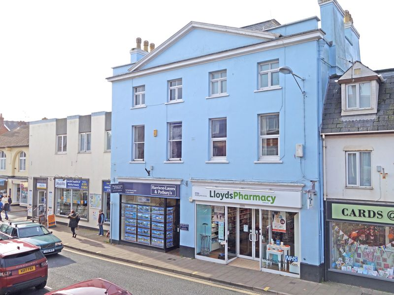2 Bedrooms Property for sale in High Street, Sidmouth