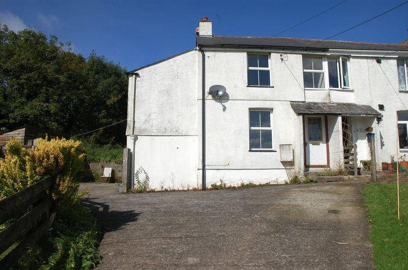 2 Bedrooms Property for sale in Polscoe, Lostwithiel
