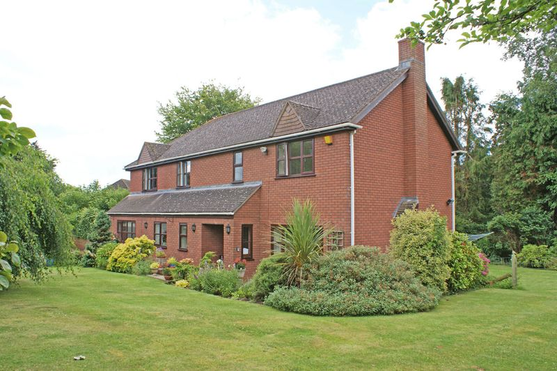 4 Bedrooms Property for sale in Copp Hill Lane, Budleigh Salterton