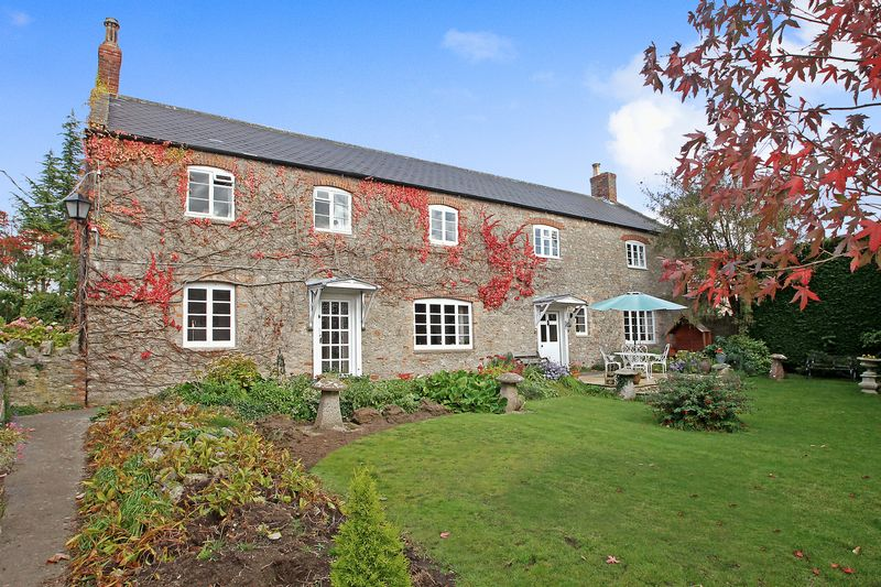 4 Bedrooms Property for sale in The Green Easton, Wells