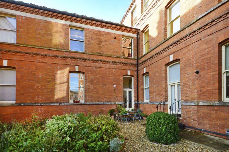 1 Bedroom Property for sale in Sherren Avenue Charlton Down, Dorchester