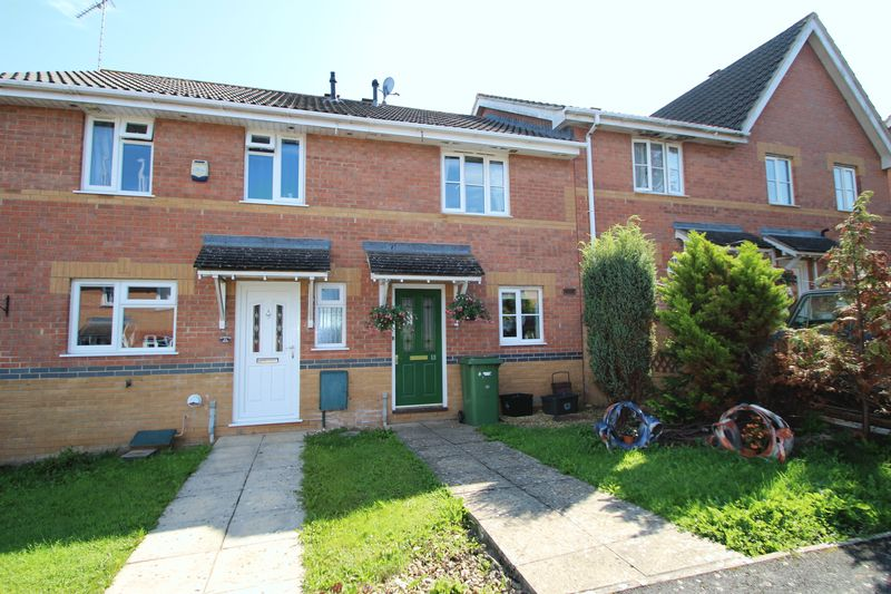 2 Bedrooms Property for sale in Moorland Road, Street