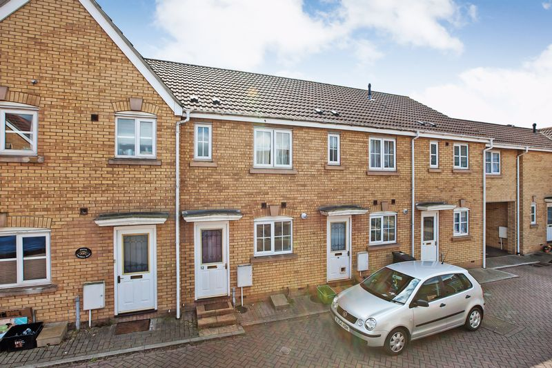 2 Bedrooms Property for sale in Cheddon Mews, TAUNTON