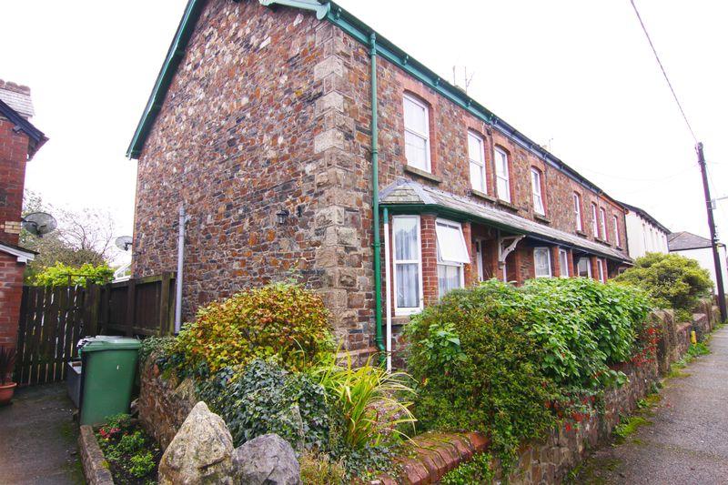 3 Bedrooms Property for sale in North Street, Okehampton