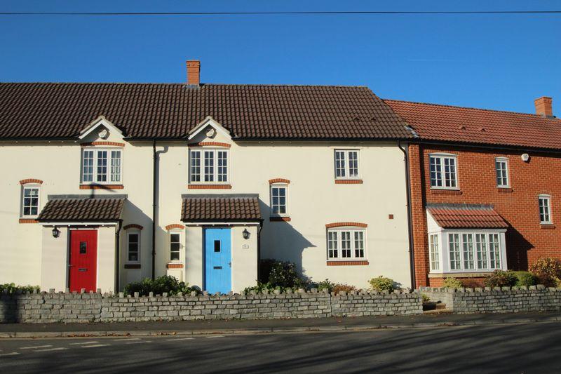 3 Bedrooms Property for sale in Walnut Terrace, Street