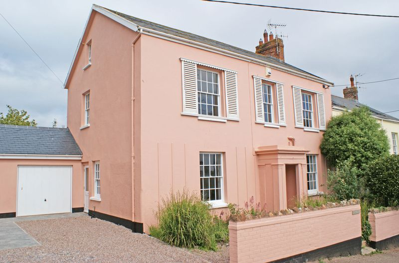 4 Bedrooms Property for sale in Victoria Place, Budleigh Salterton