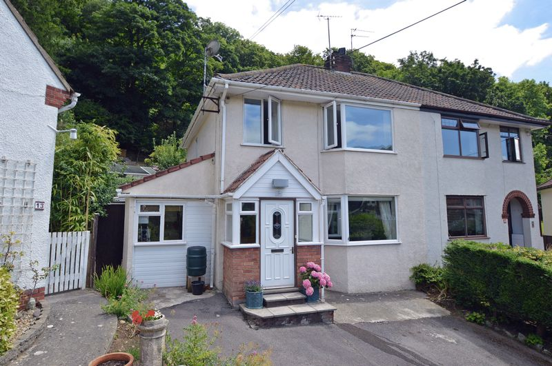3 Bedrooms Property for sale in The Croft, Clevedon