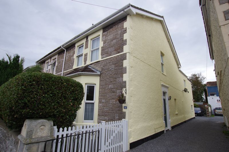 3 Bedrooms Property for sale in George Street, Weston-Super-Mare