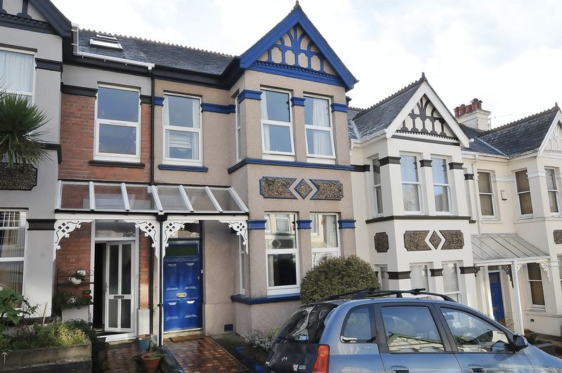 3 Bedrooms Property for sale in Wembury Park Road Peverell, Plymouth