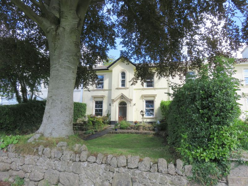 6 Bedrooms Property for sale in Courtenay Terrace Moretonhampstead, Newton Abbot
