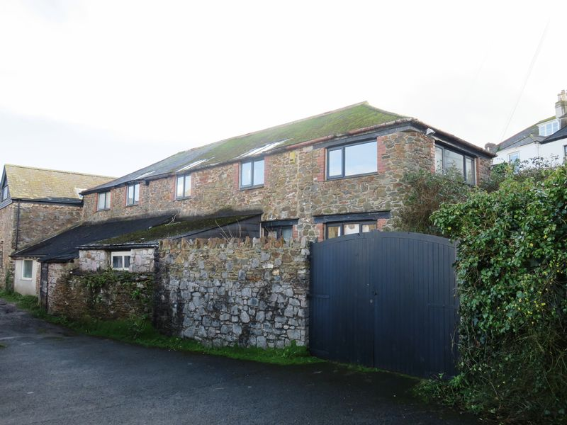 4 Bedrooms Property for sale in Collins Road, Totnes