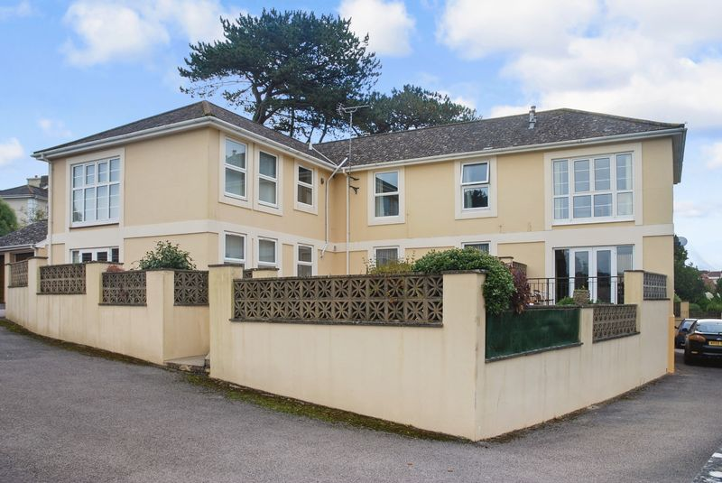 2 Bedrooms Property for sale in Petitor Road St Marychurch, Torquay