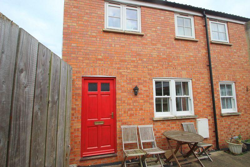 1 Bedroom Property for sale in Feversham Lane, Glastonbury