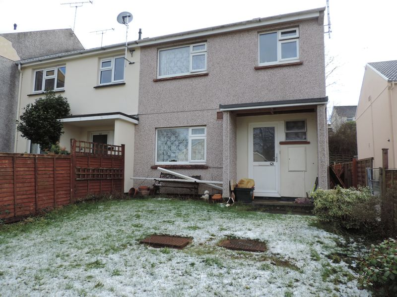 3 Bedrooms Property for sale in Cornish Crescent, Truro