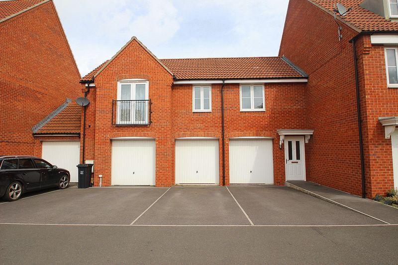 2 Bedrooms Property for sale in Sharpham Road, Glastonbury