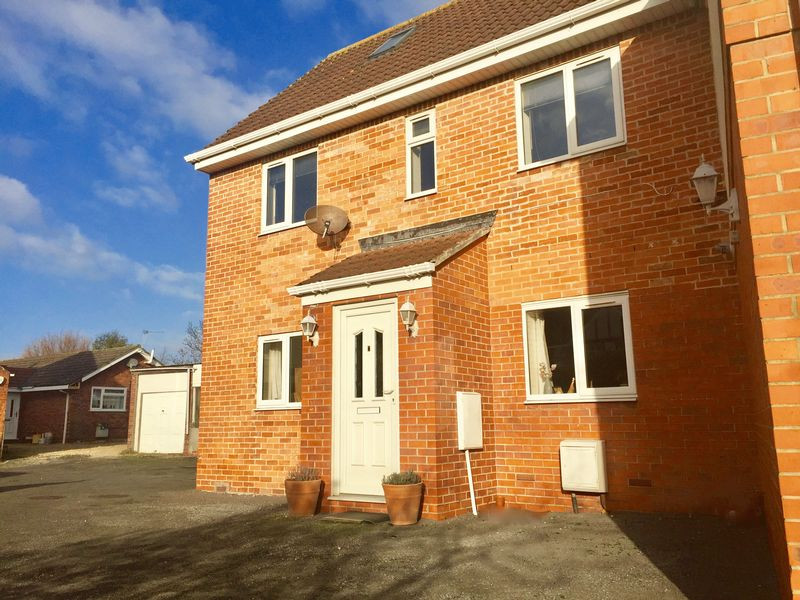 1 Bedroom Property for sale in 109 Berrow Road, Burnham-On-Sea