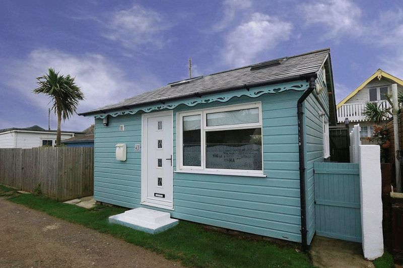 2 Bedrooms Property for sale in Gwithian Towans Gwithian, Hayle