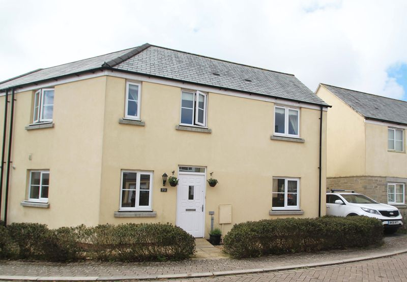 3 Bedrooms Property for sale in The Hurlings, St. Columb Major