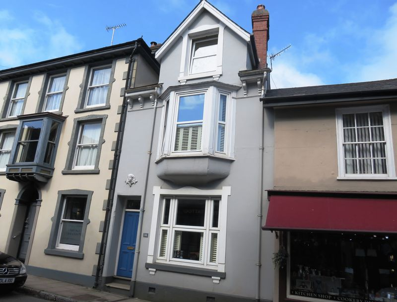 3 Bedrooms Property for sale in North Street Ashburton, Newton Abbot