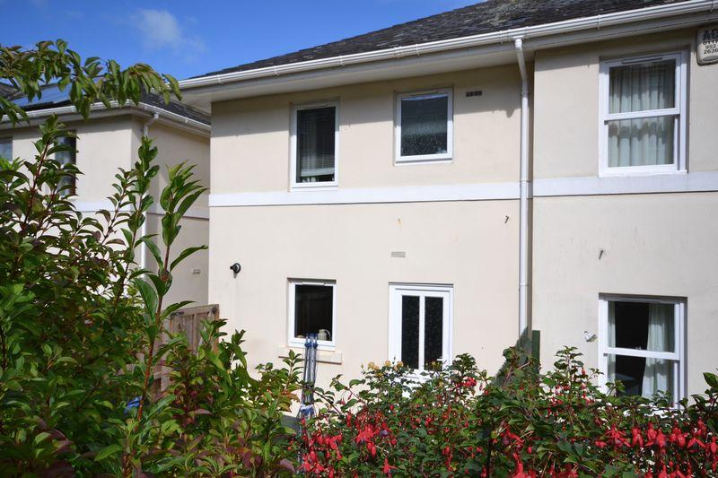 3 Bedrooms Property for sale in Jellicoe Villas, Totnes