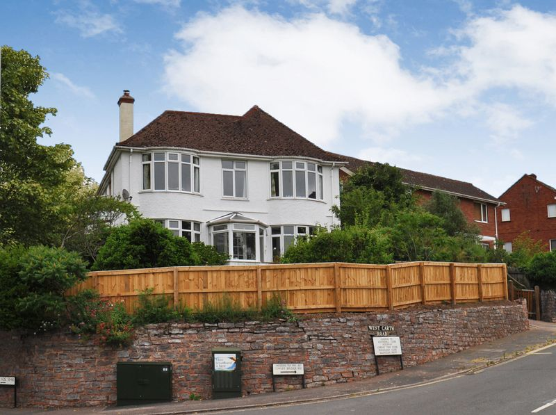 4 Bedrooms Property for sale in 1 West Garth Road Cowley, Exeter