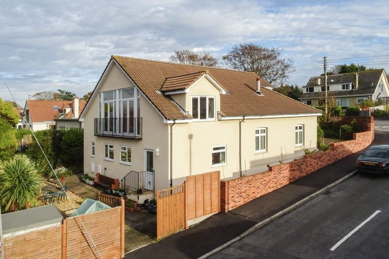 5 Bedrooms Property for sale in Down Road Portishead, Bristol