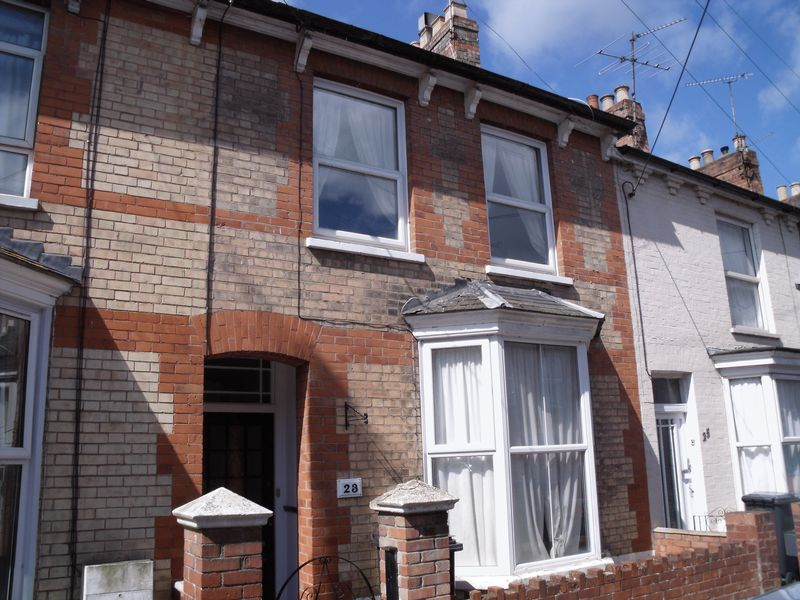 3 Bedrooms Property for sale in Albemarle Road, Taunton