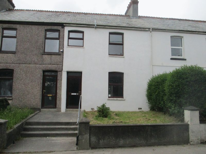 2 Bedrooms Property for sale in Trezaise Road Roche, St. Austell