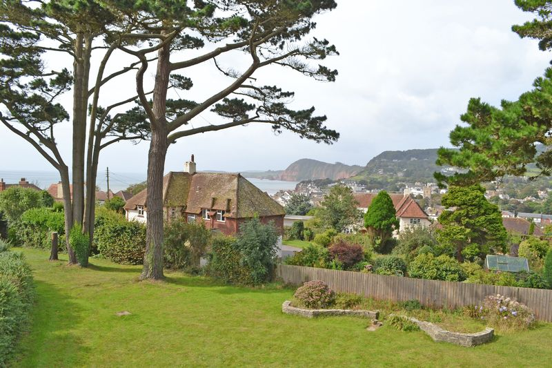 3 Bedrooms Property for sale in Southway, Sidmouth