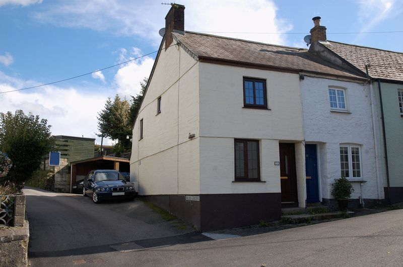 1 Bedroom Property for sale in Castle Hill, Lostwithiel