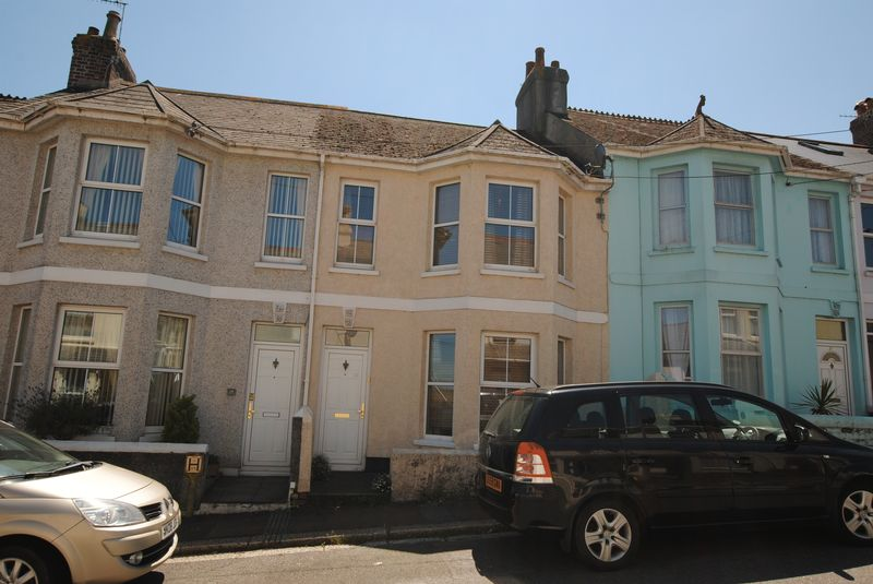 3 Bedrooms Property for sale in Victoria Road, Saltash
