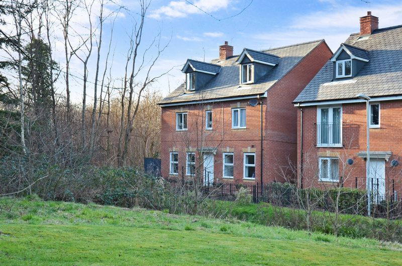 6 Bedrooms Property for sale in Templer Place, Bovey Tracey