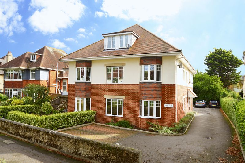 2 Bedrooms Property for sale in 12 Chessel Avenue, Bournemouth