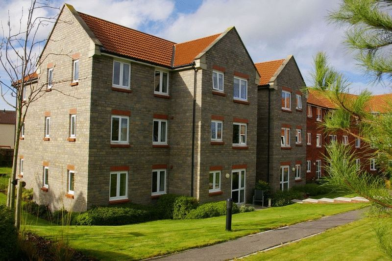 1 Bedroom Property for sale in Bluestone Court Oxendale, Street