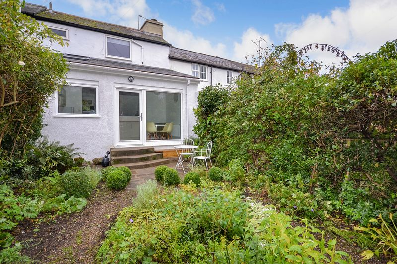 2 Bedrooms Property for sale in Moorashes, Totnes