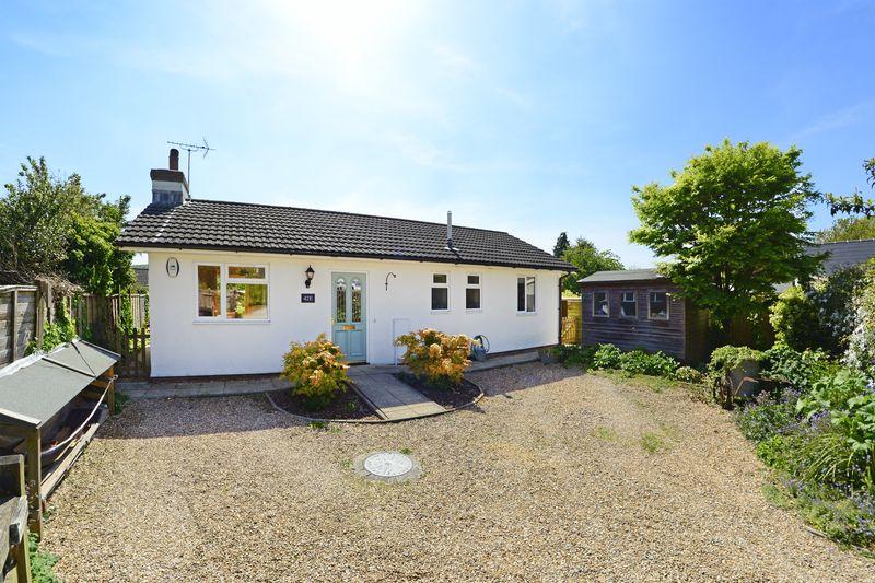 2 Bedrooms Property for sale in West Street Bere Regis, Wareham