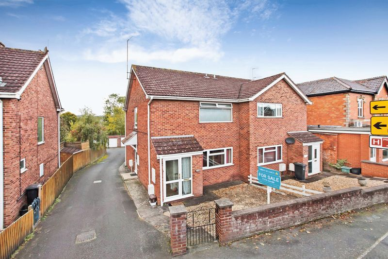 1 Bedroom Property for sale in Taunton Road, Bridgwater