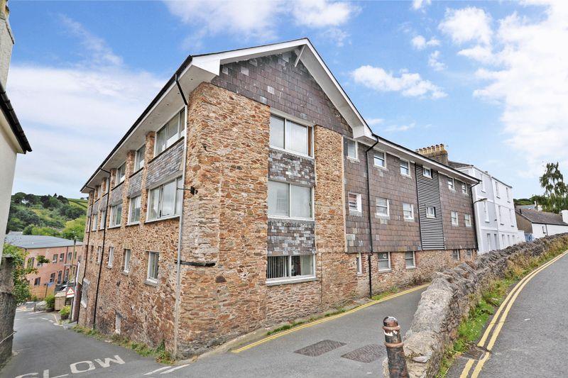 2 Bedrooms Property for sale in The Grove, Totnes